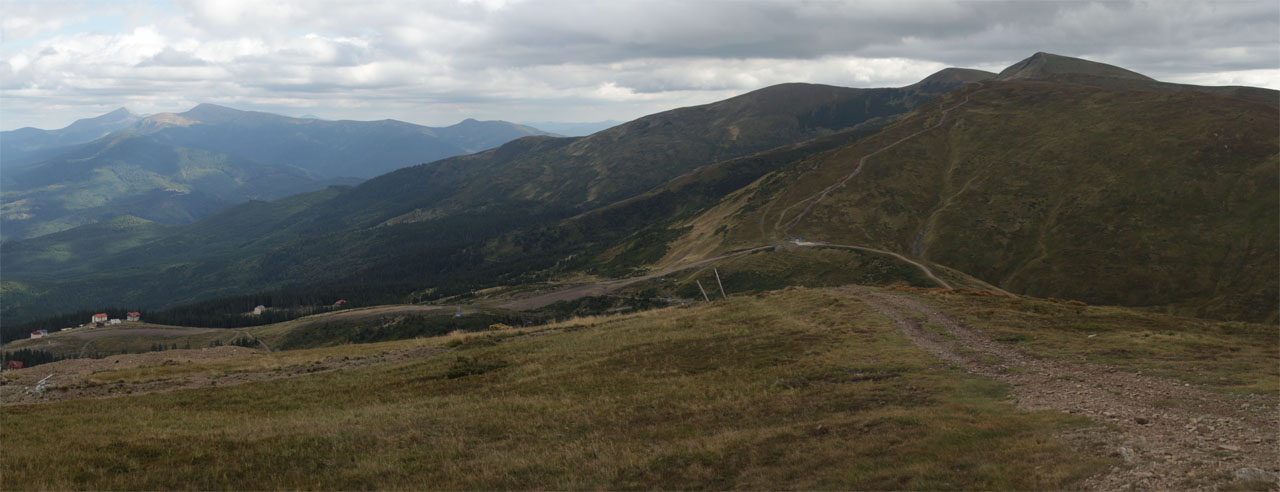 Вид с горы Стог в сторону гор Близница и Говерла