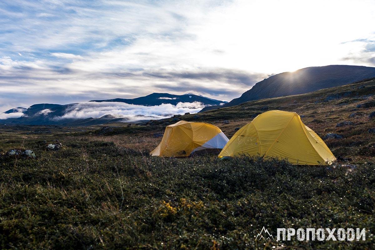 намети кунгследен палатки где ставить